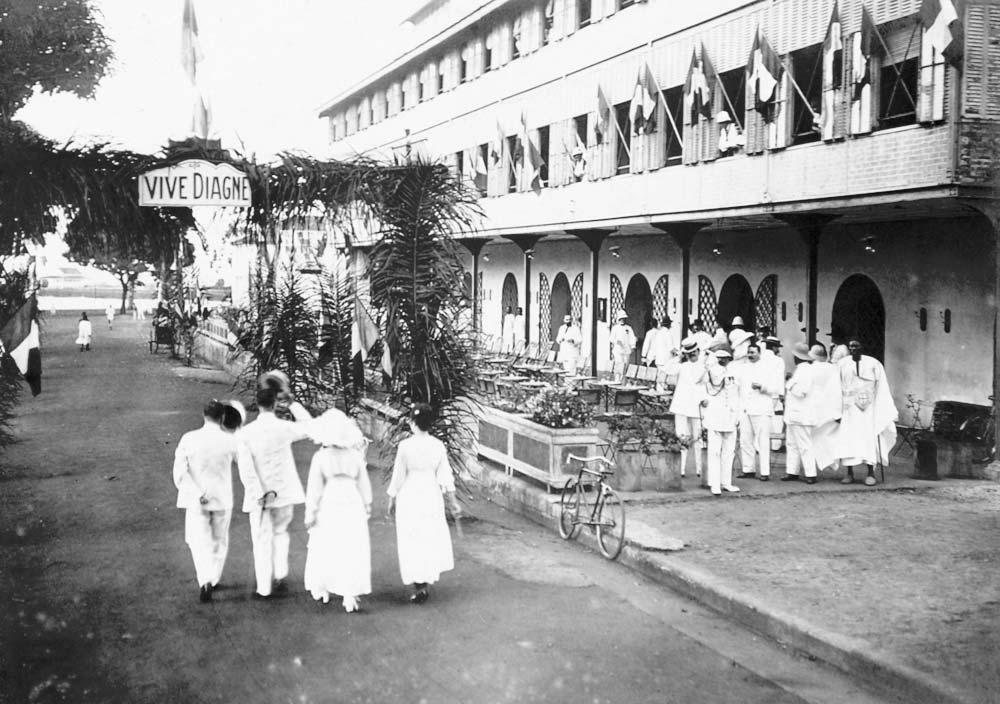 Conakry - Hôtel Dubot, avant le vin d'honneur